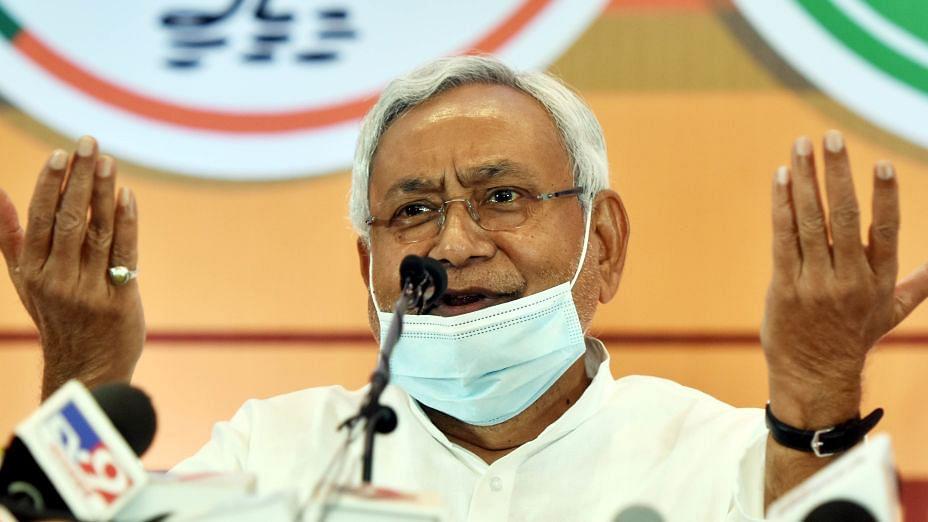 'बिहार में 6 महीने में गिर जाएगी सरकार, तेजस्वी बनेंगे मुख्यमंत्री', ये क्या बोल गए नीतीश के विधायक?