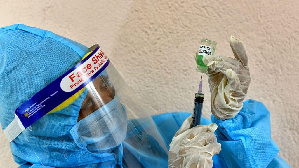 खुशखबरी: भारत में इस दिन से शुरू होगी वैक्सीनेशन की प्रक्रिया! पॉइंट्स में समझिए सरकार ने क्या कहा?