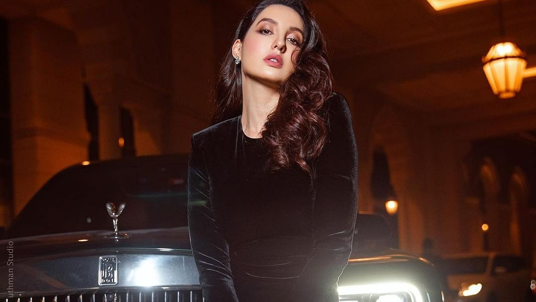 सिनेजीवन: नोरा ने ब्लैक ड्रेस में ढाया कहर और जेनिफर लोपेज ने खोले अपने गहरे राज