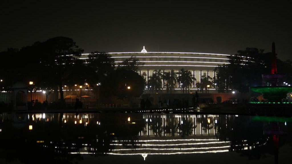 आकार पटेल का लेख: नाकाम देशों के सूचकांक में पाकिस्तान से होड़ लेता भारत, लेकिन चिंता किसे है!