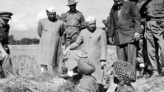 आकार पटेल का लेख: क्या कभी समझने की कोशिश की है कि हिंदुत्व आखिर नेहरू से नफरत क्यों करता है!