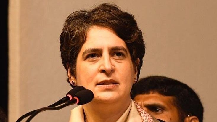 यूपी में 'बेटी बचाओ' और 'मिशन शक्ति' हैं खोखले वादे, प्रियंका गांधी का योगी सरकार पर हमला