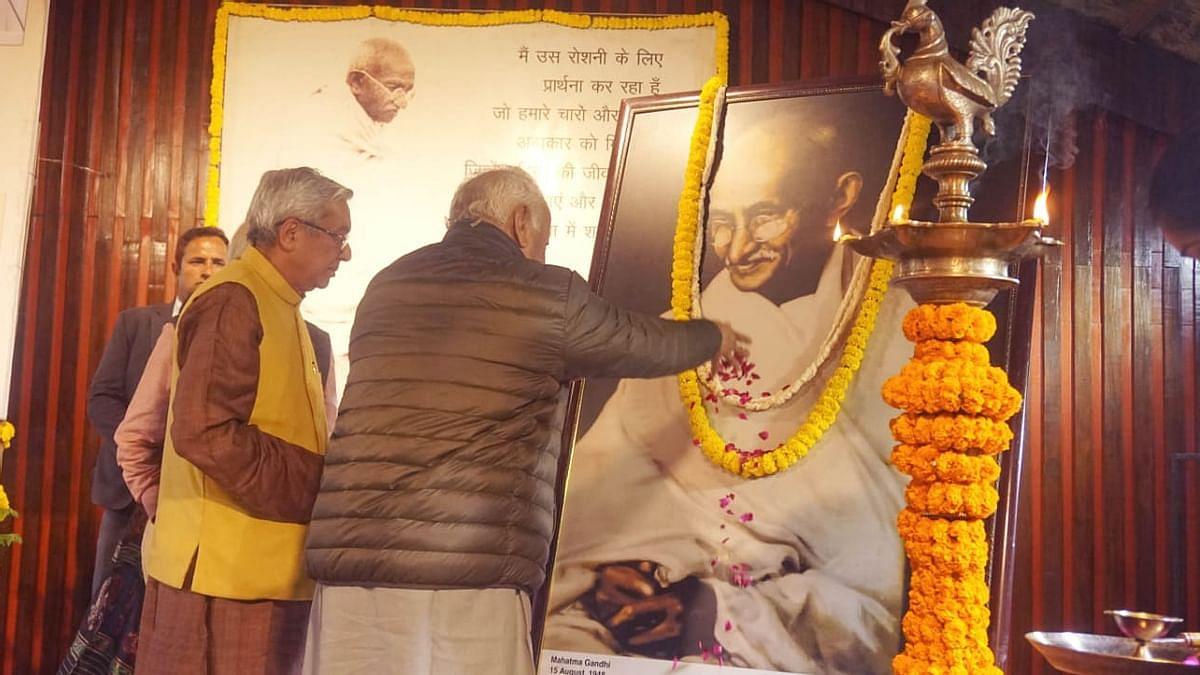 राम पुनियानी का लेखः आरएसएस के कई चेहरे और मुखौटे, गांधी का नाम लेना भागवत की मजबूरी भी और चाल भी