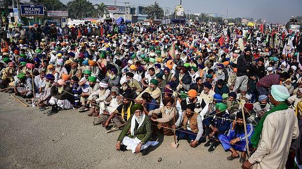 किसान आंदोलनः सावधान, कहीं सरकार झुकने का सिर्फ दिखावा तो नहीं कर रही!