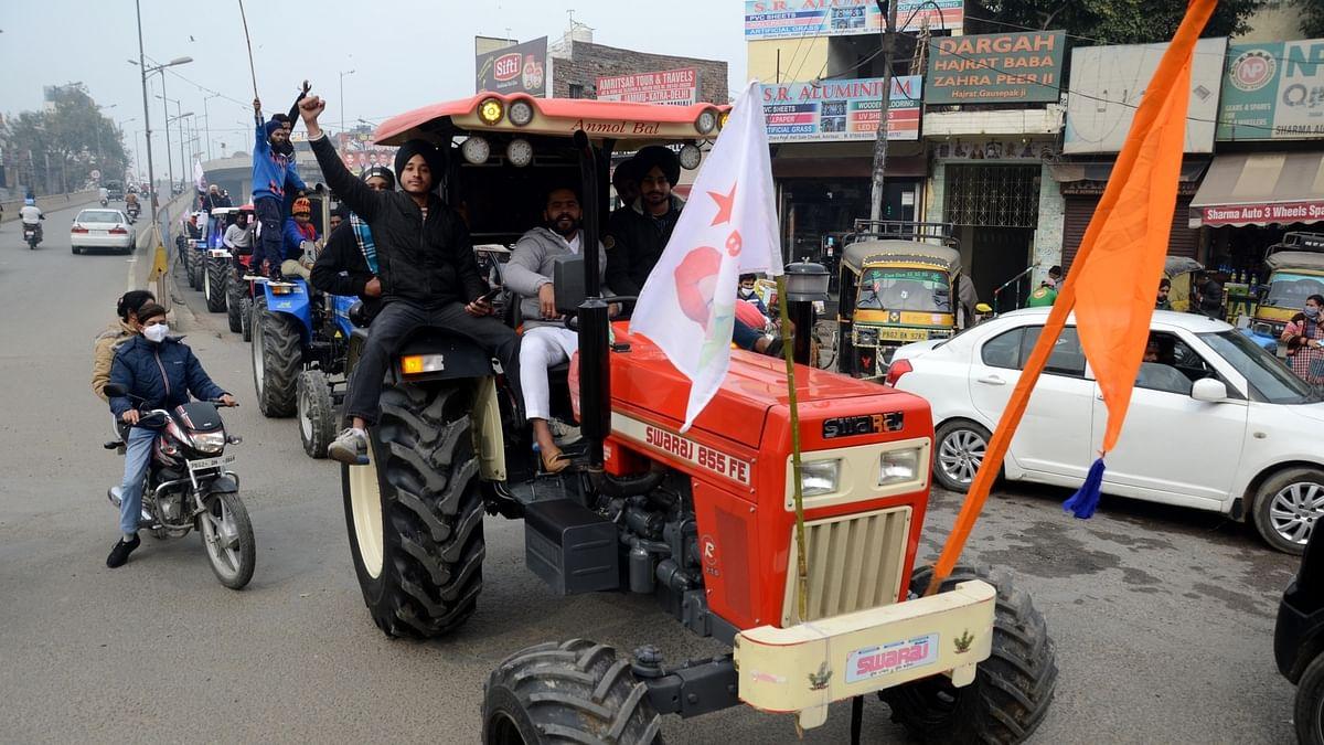 किसान 26 जनवरी को दिल्ली की सड़कों पर निकालेंगे ट्रैक्टरों की भव्य झांकी, जानें क्या है तैयारी