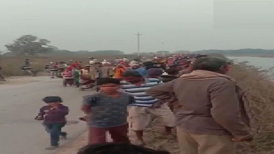 मध्य प्रदेश के सीधी में 54 यात्रियों से भरी बस नहर में समाई, अब तक 30 शव निकाले गए, रेस्क्यू ऑपरेशन जारी