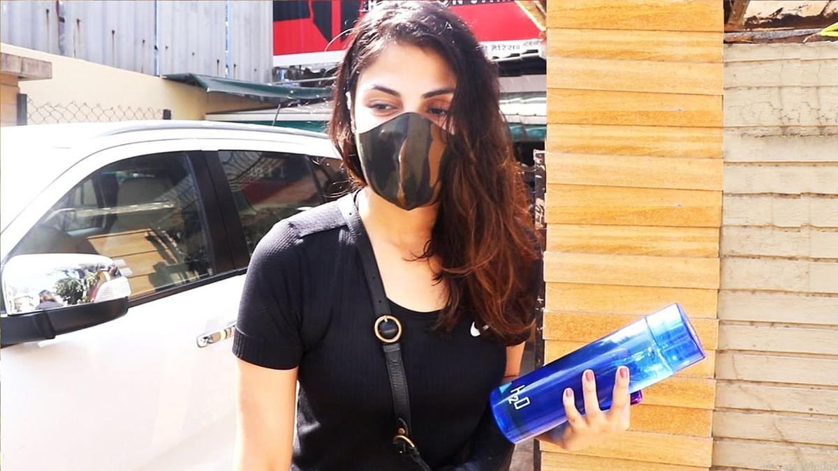 सिनेजीवन: रिलीज हुआ प्रभास की फिल्म राधे श्याम का टीजर और रिया चक्रवर्ती बोलीं- ठीक हो रही हूं