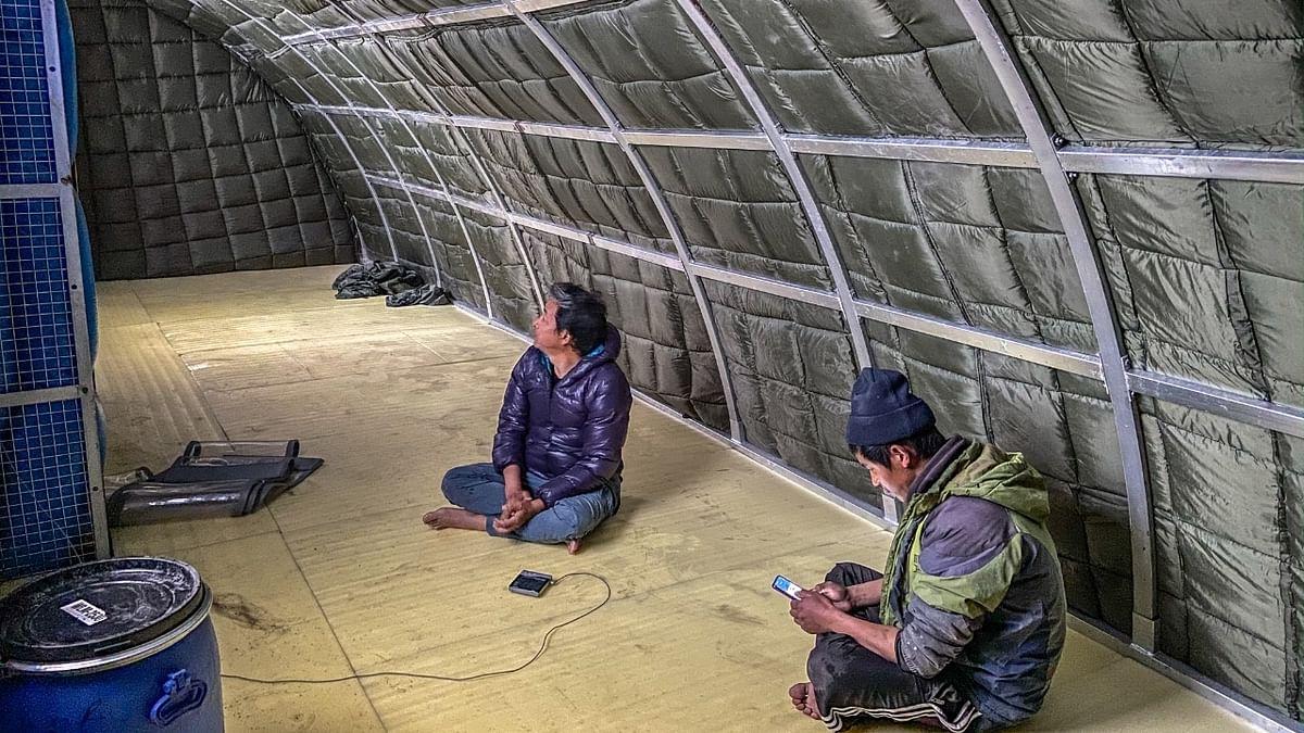 असली 'फुनसुख वांगडू' सोनम वांगचुक का सेना को तोहफा, बनाया सौर ऊर्जा चालित मोबाइल तम्बू