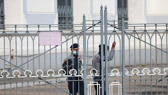 म्यांमार के सैन्य शासन ने ट्विटर, इंस्टाग्राम पर लगाई लगाम, दो दिन पहले फेसबुक किया था बंद