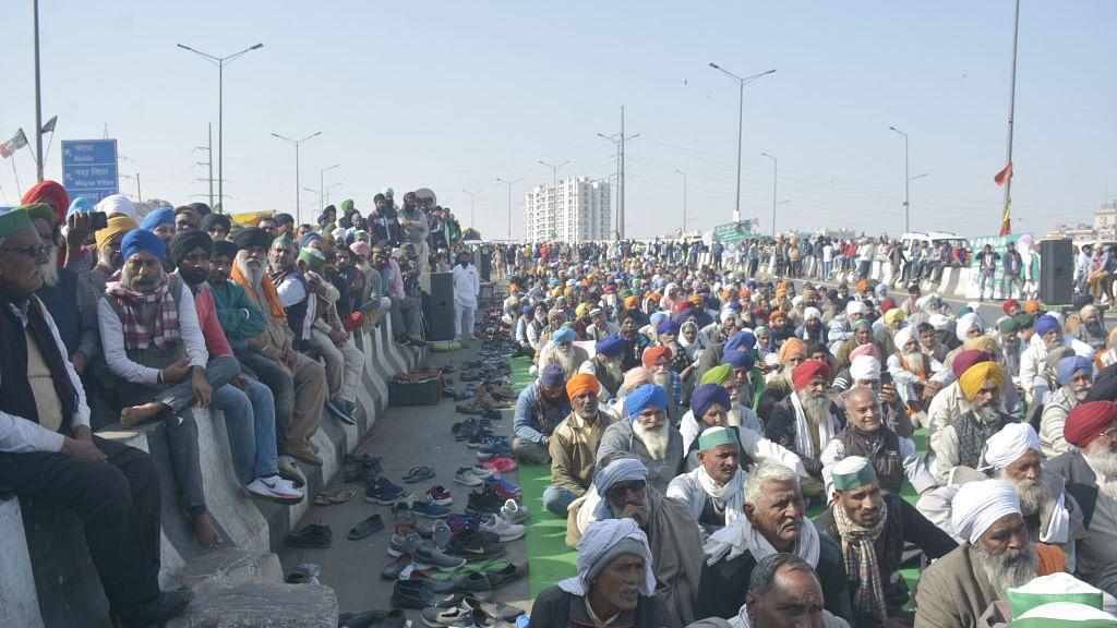 किसानों ने और तेज किया आंदोलन, 12-23 फरवरी के बीच महापंचायतों के कार्यक्रमों की घोषणा, कहा- मांगों पर गंभीर नहीं सरकार