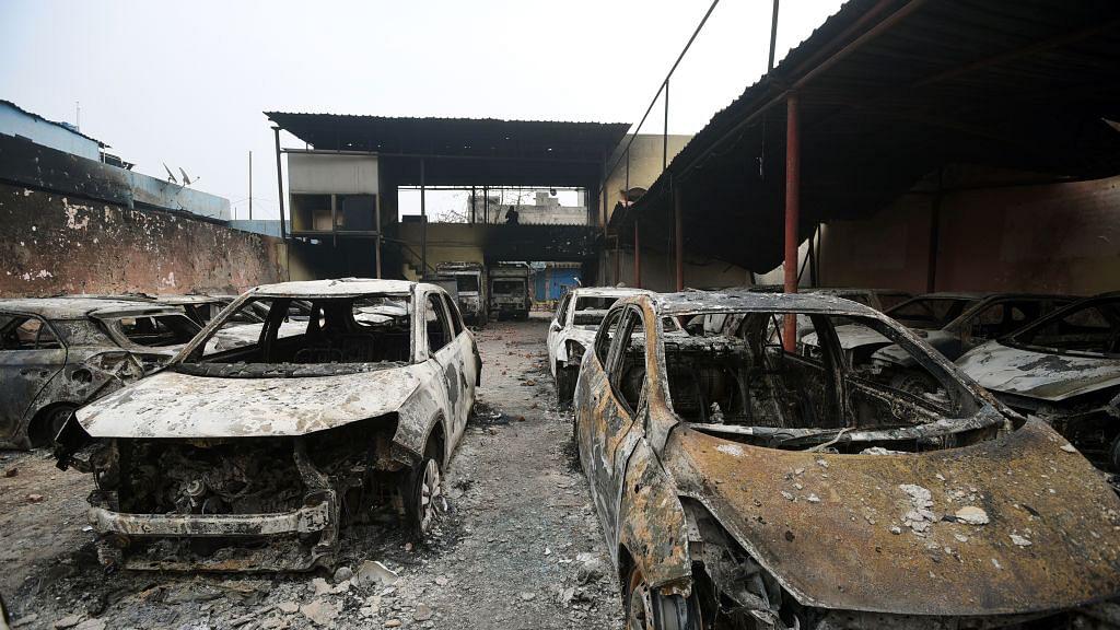 दिल्ली दंगों का एक साल: जैसे-तैसे जिंदगी को पटरी पर लाने की जद्दोजहद, पीड़ितों को आज भी परेशान कर रही है पुलिस