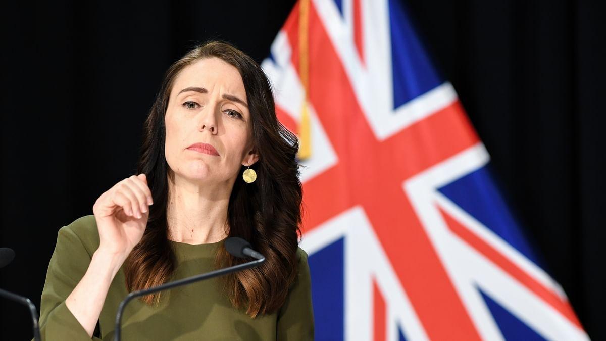 दुनिया की 5 बड़ी खबरें: न्यूजीलैंड ने की ऑस्ट्रेलिया की खिंचाई और नेपाली पीएम ओली ने फिर रोया रोना