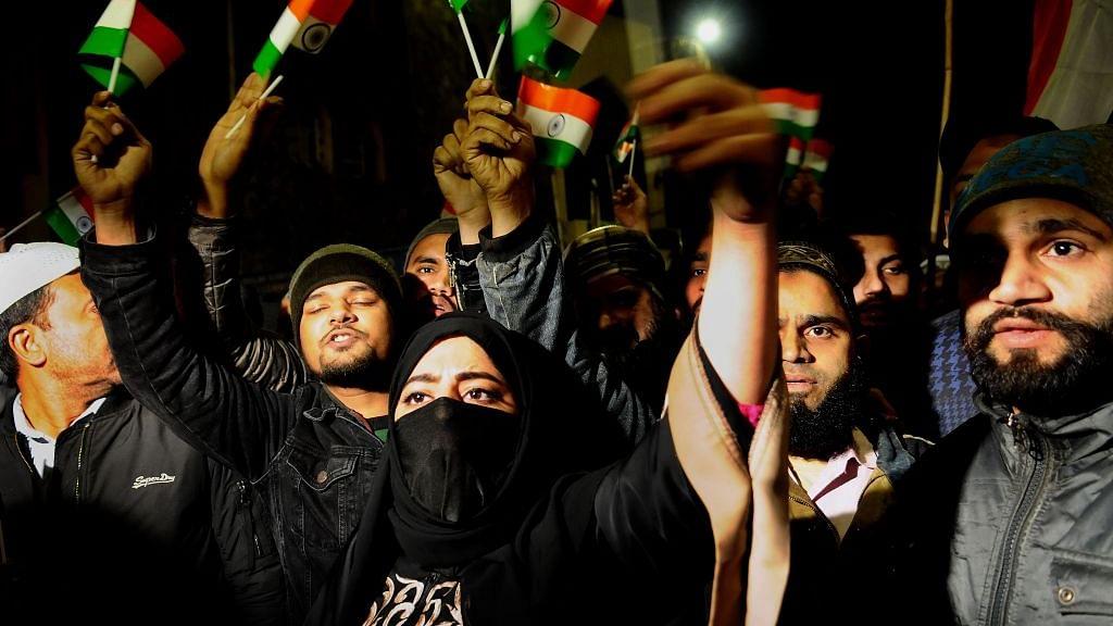 राम पुनियानी का लेख: हर व्यक्ति को धर्म के चश्मे से देखना देश के लिए सबसे बड़ा खतरा