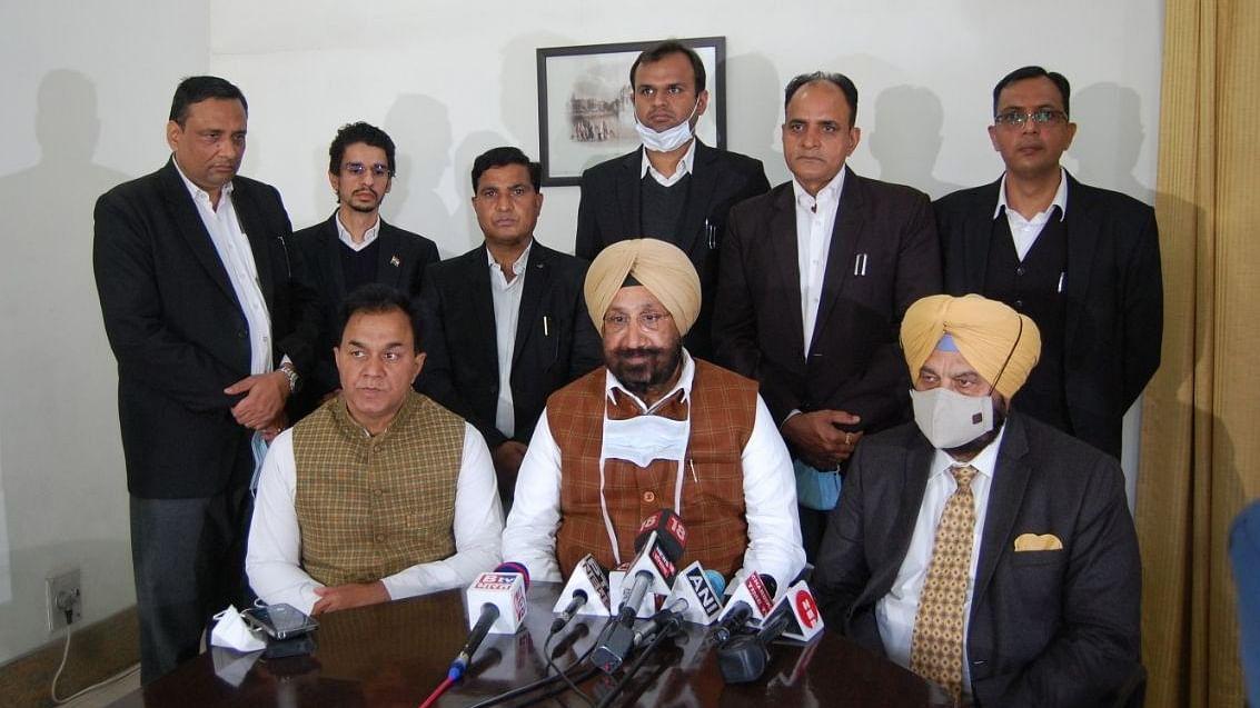 ट्रैक्टर रैली के बाद से 100 से ज्यादा किसान लापता, कांग्रेस सांसद और पंजाब के मंत्री ने गृहमंत्री से की मुलाकात