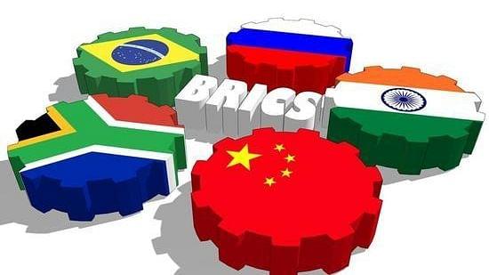 दुनिया की 5 बड़ी खबरें: ब्रिक्स संगठन को लेकर चीन ने दिया बड़ा बयान और थाईलैंड में कोरोना के 89 नए मामले