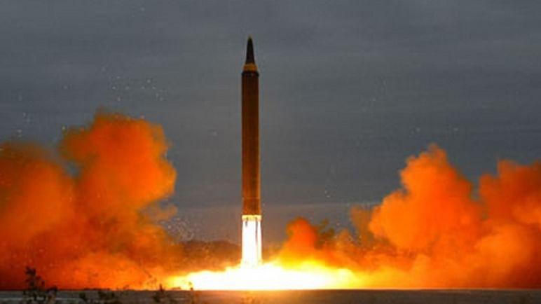 युद्ध का खतरा: उत्तर कोरिया ने पूर्वी सागर में दागी 2 मिसाइलें, दक्षिण कोरिया और जापान के साथ बैठक करेगा अमेरिका