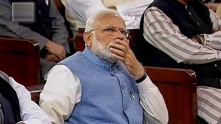 विष्णु नागर का व्यंग्यः प्रधानमंत्री की छींक का राष्ट्रीय महत्व, नेता-अफसर-मीडिया सब लगे छींकने!