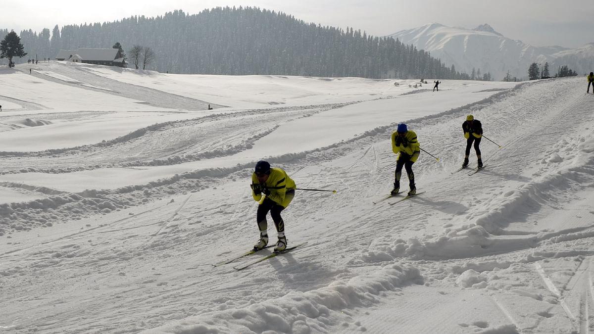 दुनिया की 5 बड़ी खबरें: भारतीय सेना स्कीइंग अभियान से करेगी चीन के मंसूबों को विफल और पाक में कोरोना की तीसरी लहर की आशंका