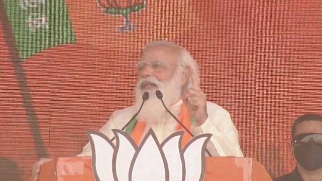 बंगाल की रैली में पीएम मोदी को आई पुलवामा और बाटला हाउस एनकाउंटर की याद, लेकिन सबसे जरूरी बात बताना भूल गए!