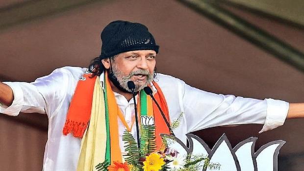 BJP में दागियों की एंट्री के सवाल पर इंटरव्यू छोड़ भागे मिथुन, कहा- सॉरी सर…देखें वीडियो