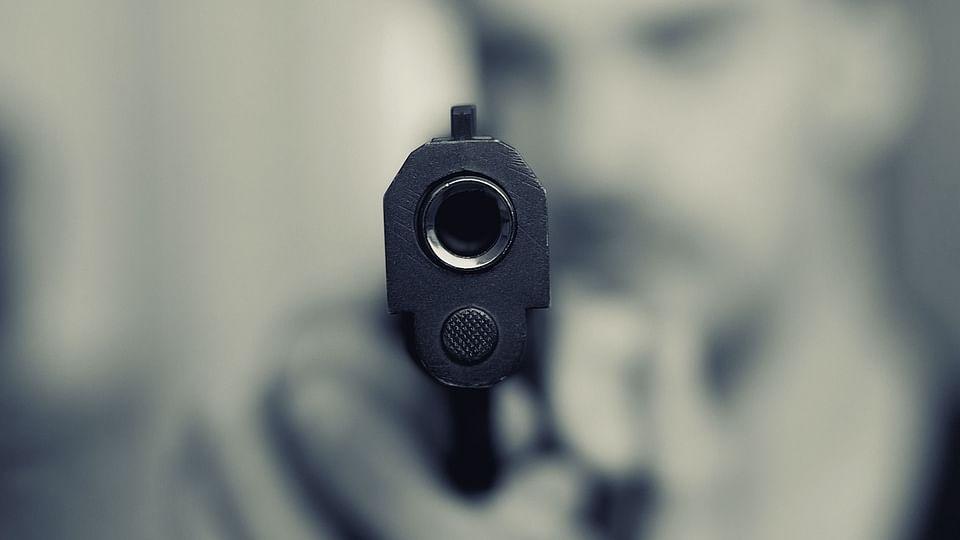 यूपी: जमानत पर छूटे दुष्कर्म के आरोपी ने पीड़िता के पिता को मारी गोली, 2018 से चल रहा था विवाद
