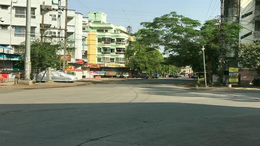 मध्य प्रदेश में बढ़ते कोरोना का खौफ! भोपाल, इंदौर और जबलपुर में पूर्ण लॉकडाउन, सड़कों पर पसरा सन्नाटा