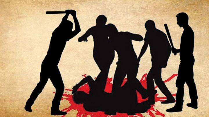 दिल्ली दंगों के आरोपी ने एक शख्स की जमकर की पिटाई, 'पाकिस्तान मुर्दाबाद' के लगवाए नारे, वीडियो वायरल