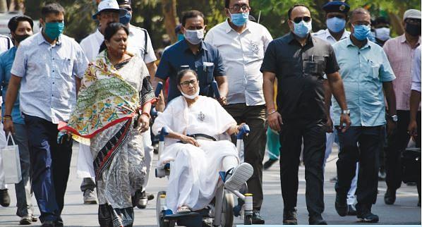 खरी-खरीः बंगाल में ममता ने बेकार कर दिया भगवा कैंप के हर पैंतरे को, मोदी-शाह सब पर अकेली दीदी भारी