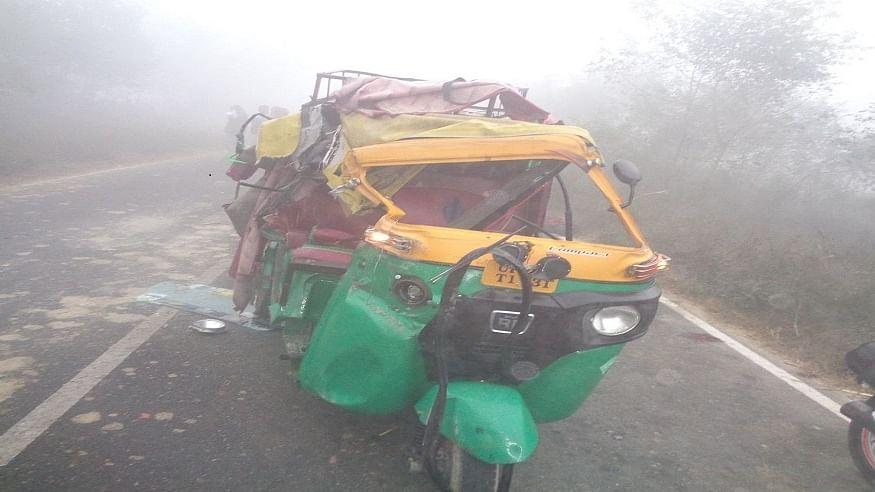 आध्र प्रदेश के नेल्लोर में भीषण सड़क हादसा, टेम्पो और ट्रक की टक्कर में 8 तीर्थयात्रियों की दर्दनाक मौत, 7 घायल