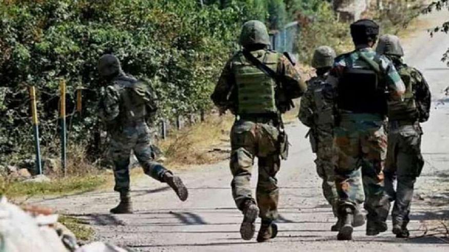 जम्मू-कश्मीर के शोपियां में सुरक्षा बलों से मुठभेड़ में दो आतंकवादी मारे गए, एक जवान शहीद
