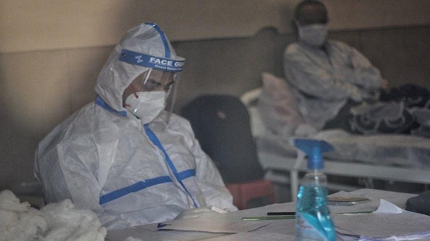 यूपी में भयावह हुए कोरोना के हालात, लखनऊ में 30 फीसदी से ज्यादा हेल्थ वर्कर संक्रमित