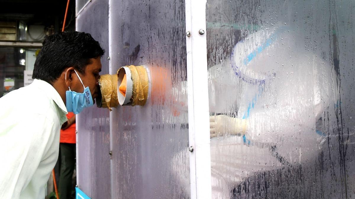 कोरोना वायरस का कहर: बीते 24 घंटे में देश में आए करीब 97 हजार केस, 446 लोगों की गई जान