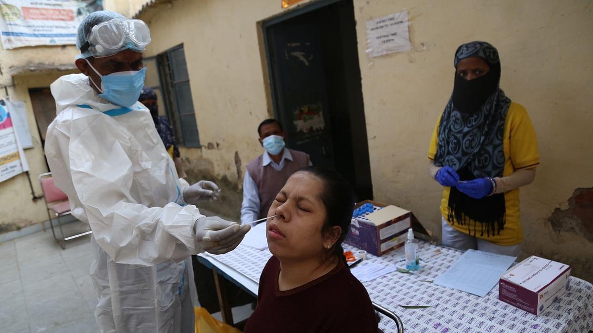 मध्य प्रदेश में तेजी से फैल रहा कोरोना का संक्रमण, कई जिलों में बिगड़े हालात