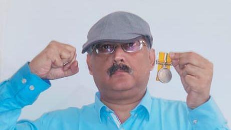 बिहार: पूर्व IPS अधिकारी अमिताभ कुमार दास ने नीतीश कुमार पर लगाए गंभीर आरोप, राष्ट्रपति को लौटाया अपना पुलिस पदक