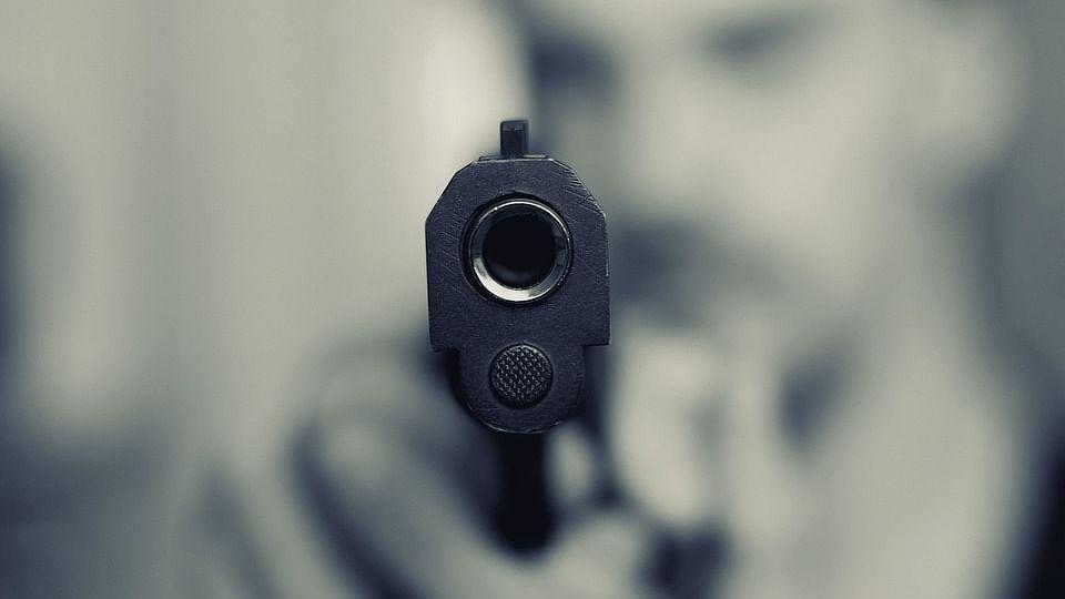 सीएम योगी के गृह नगर गोरखपुर में अपराधी बेखौफ, सरेशाम व्यापारी और उसके साथी को मारी गोली, लोगों में गुस्सा