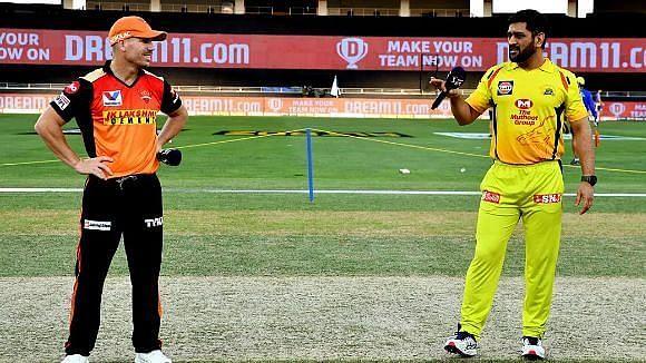 IPL 14 में आज हैदराबाद को चेन्नई की चुनौती, आखिर धोनी के धुरंधरों से कैसे निपटेगी 'वॉर्नर सेना?