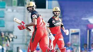 IPL 2021 पर छाए संकट के बादल! अक्षर पटेल के बाद विरोट कोहली की टीम का ये धुरंधर बल्लेबाज हुआ कोरोना पॉजिटिव