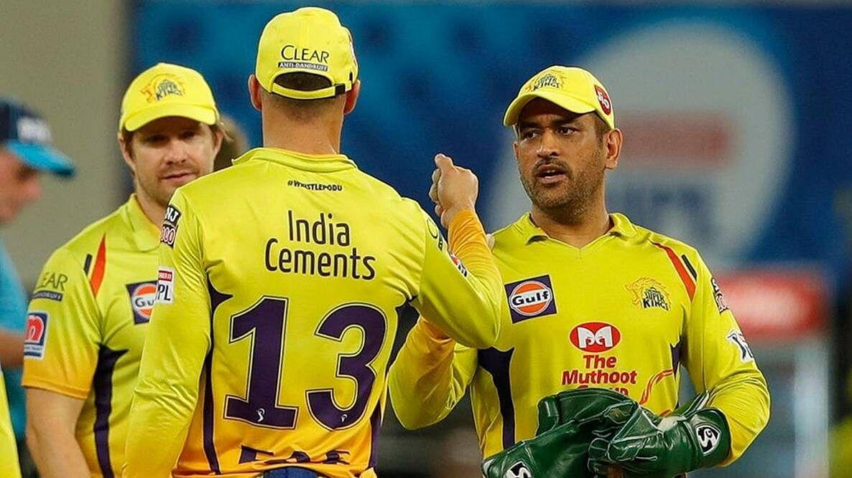 IPL 2021: पहले ही मैच में धोनी को लगा दोहरा झटका, मैच भी हारे और...