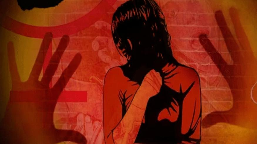 उत्तर प्रदेश: बेटी से छ़ेड़खानी की रिपोर्ट लिखाने गए पिता को पुलिस ने भगाया! फंदे से लटकी मिली नाबालिग की लाश