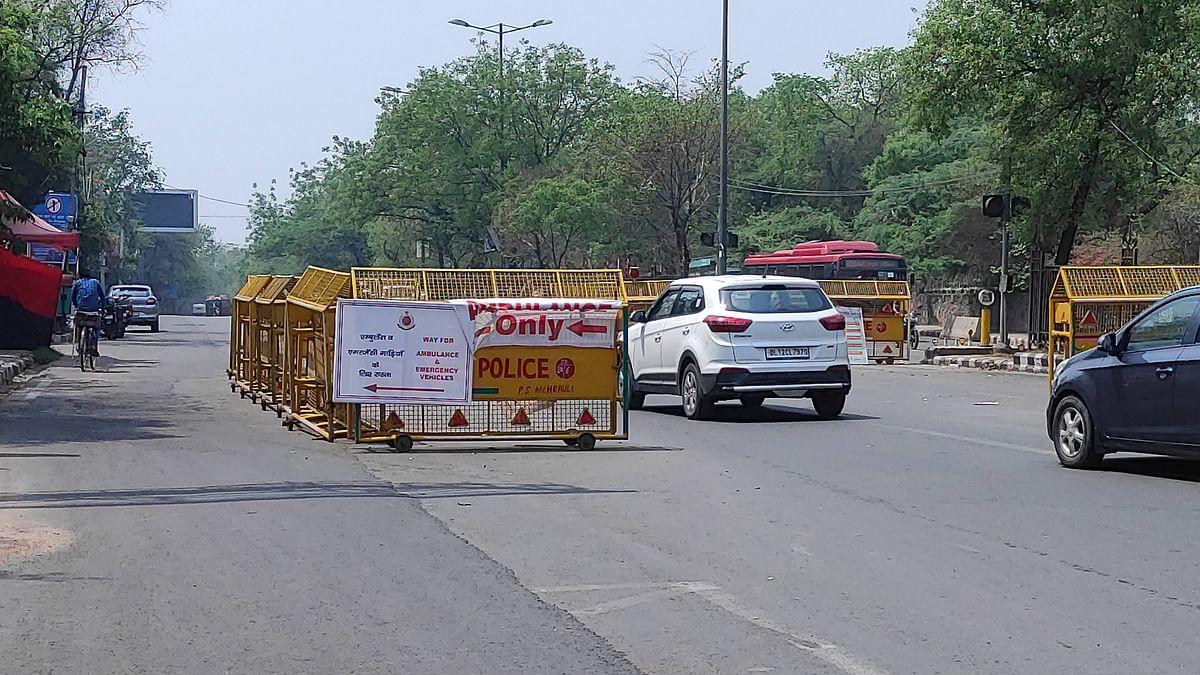 कोरोना के कहर के बीच दिल्ली में आज से अनलॉक प्रक्रिया शुरू, मेट्रो सेवा रहेगी बंद, जानें क्या-क्या खुलेगा?