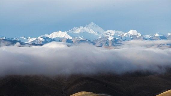 माउंट एवरेस्ट पर फैला कोरोना, पर्वतारोहियों ने की शिकायत, नेपाल के अधिकारियां का इनकार