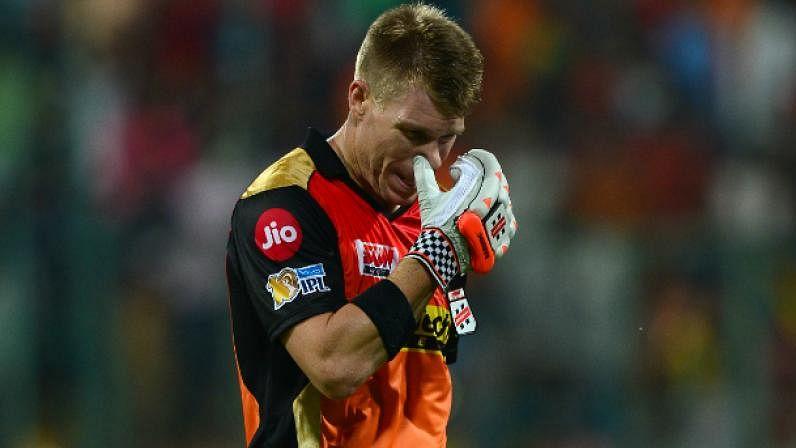 IPL 14: सनराइजर्स हैदराबाद ने किया बड़ा बदलाव, बीच सीजन वार्नर से छीनी कप्तानी, इस दिग्गज खिलाड़ी को सौंपी कमान
