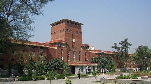 दिल्ली विश्वविद्यालय में कोरोना से अबतक करीब 50 प्रोफेसर की मौत, छात्र संगठन और शिक्षक समूह फिलहाल नहीं चाहते एग्जाम