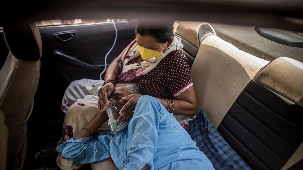 भारत में कोरोना ने तोड़े अबतक के सारे रिकॉर्ड, 24 घंटे में 4 लाख से ज्यादा नए केस, 3523 मरीजों की मौत