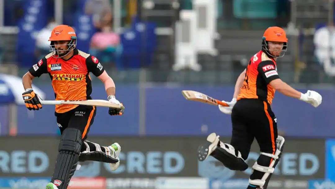 IPL 14 में आज मुंबई और हैदराबाद की भिड़ंत, राशिद के सामने पोलार्ड को रोकने की होगी चुनौती