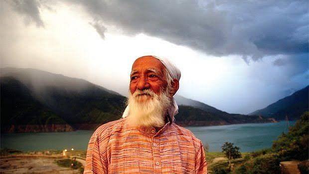 पेड़ों-पहाड़ों के संरक्षक सुंदरलाल बहुगुणा का कोरोना से निधन, चिपको समेत कई आंदोलनों का किया नेतृत्व