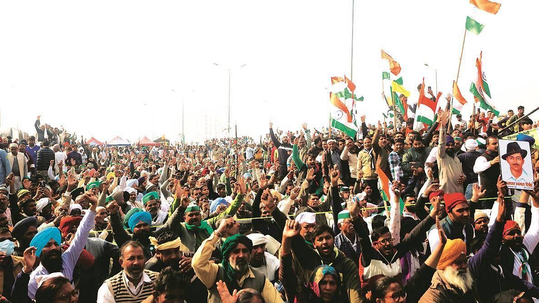 किसानों ने बॉर्डर पर मनाया जश्न, कहा- चुनाव परिणाम हमारी नैतिक जीत, बीजेपी की राजनैतिक हार
