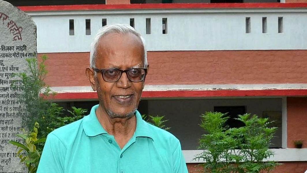 फादर स्टेन स्वामी का निजी अस्पताल में होगा इलाज, बंबई हाईकोर्ट ने सरकार को भर्ती कराने का दिया आदेश
