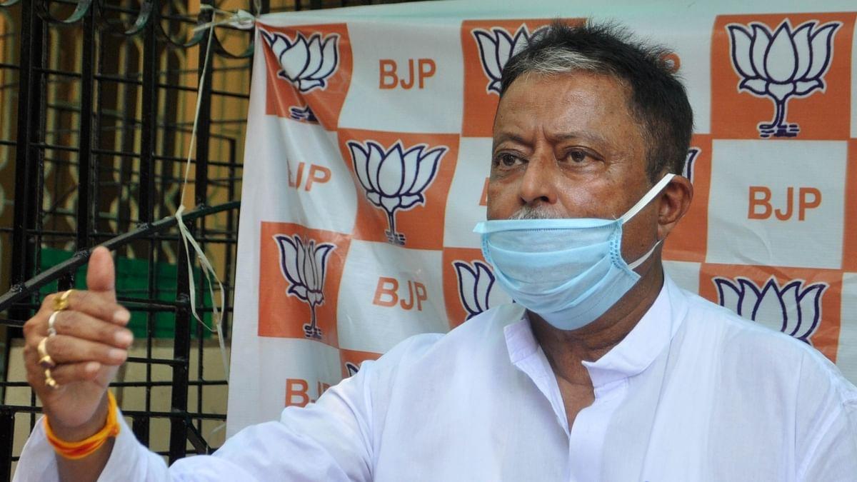 बंगाल बीजेपी में पड़ने लगीं दरारें! कई विधायक और सांसद तृणमूल के संपर्क में, मुकुल राय नहीं आए विधायकों की बैठक में