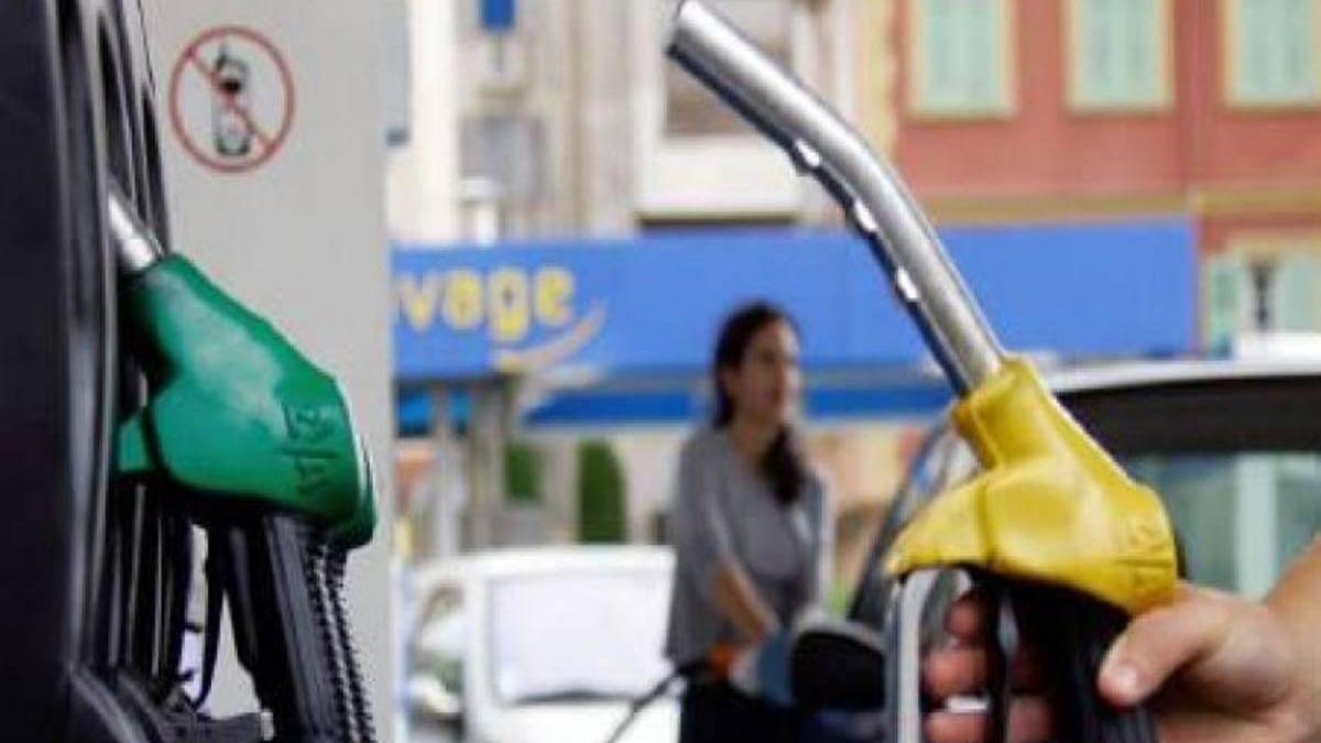 महंगाई की मार जारी, एक बार फिर पेट्रोल-डीजल के बढ़े दाम, मुंबई में 104 तो चेन्नई में 99 रुपए के करीब पहुंची कीमत